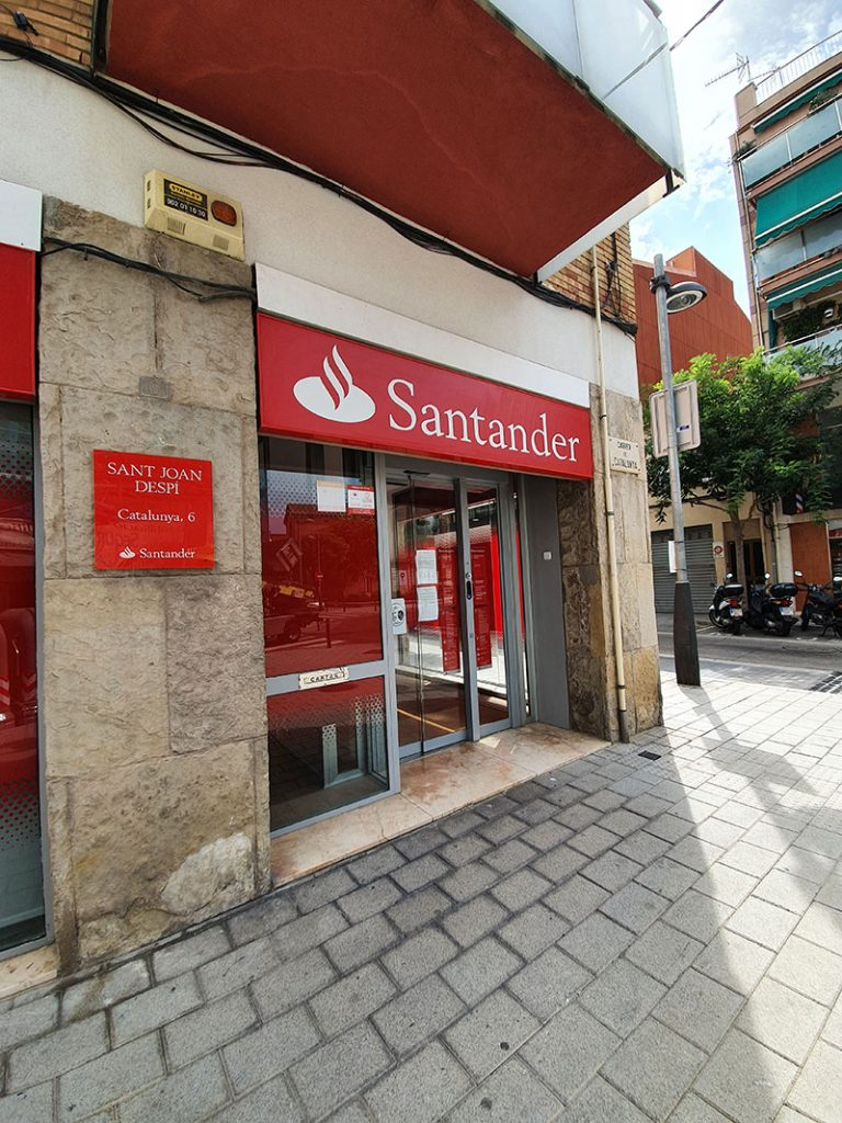 BANCO SANTANDER 8 768x1024