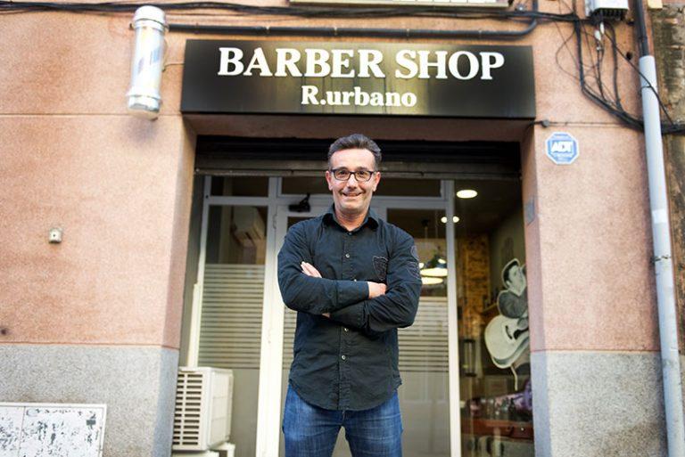 barber shop r.urbano exterior 2 768x513
